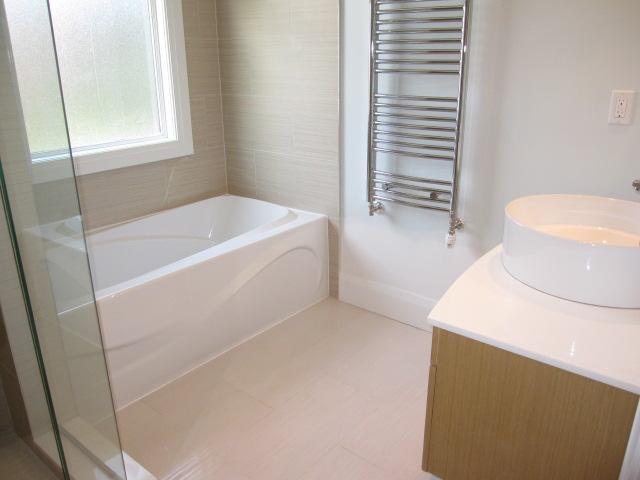 Heated Floor & Heated Towel Rack